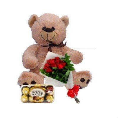 oso, rosas y chocolates
