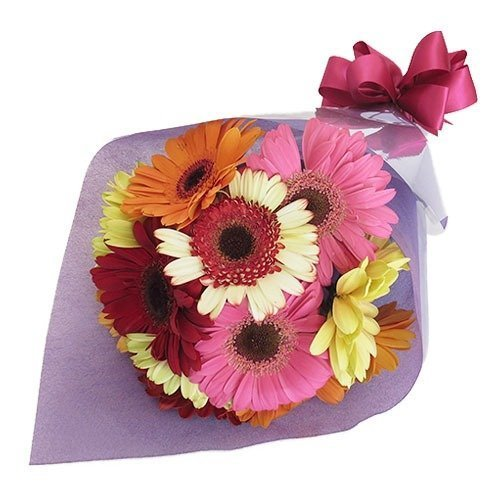 Bouquet con 12 gerberas de color