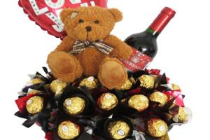 Pensando en ti -osito, chocolates,vino y globo